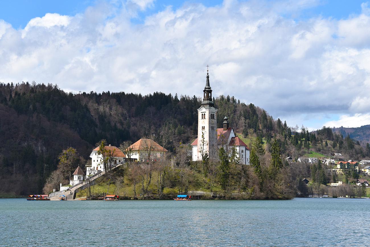 De kerk van Bled in Slovenië